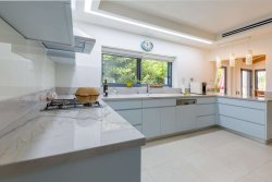 kitchen p13